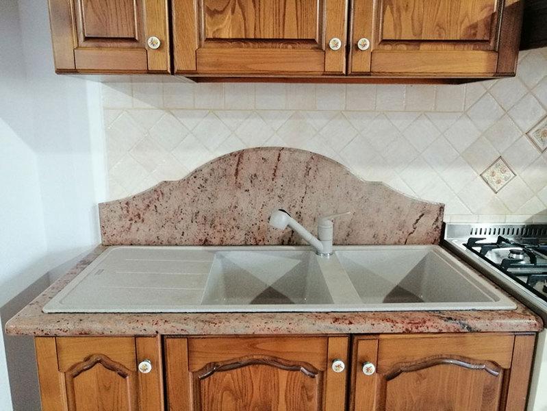 Tavolo Cucina Con Piano In Granito.Top Cucina Tavoli E Penisole In Marmo Granito Pietra